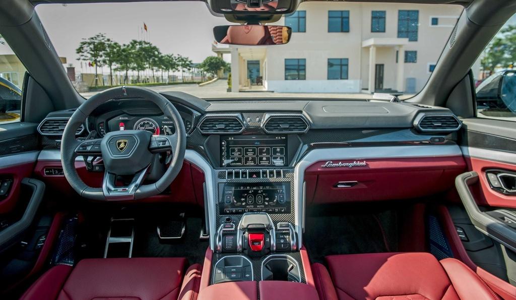 Sieu SUV Lamborghini Urus chinh hang anh 14