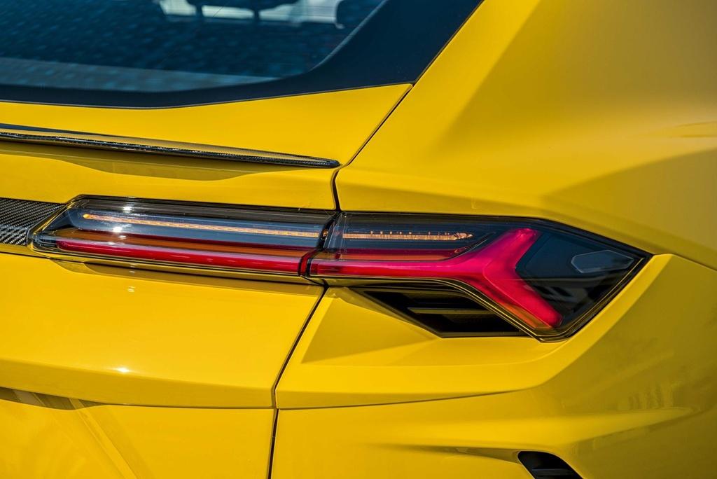Sieu SUV Lamborghini Urus chinh hang anh 22