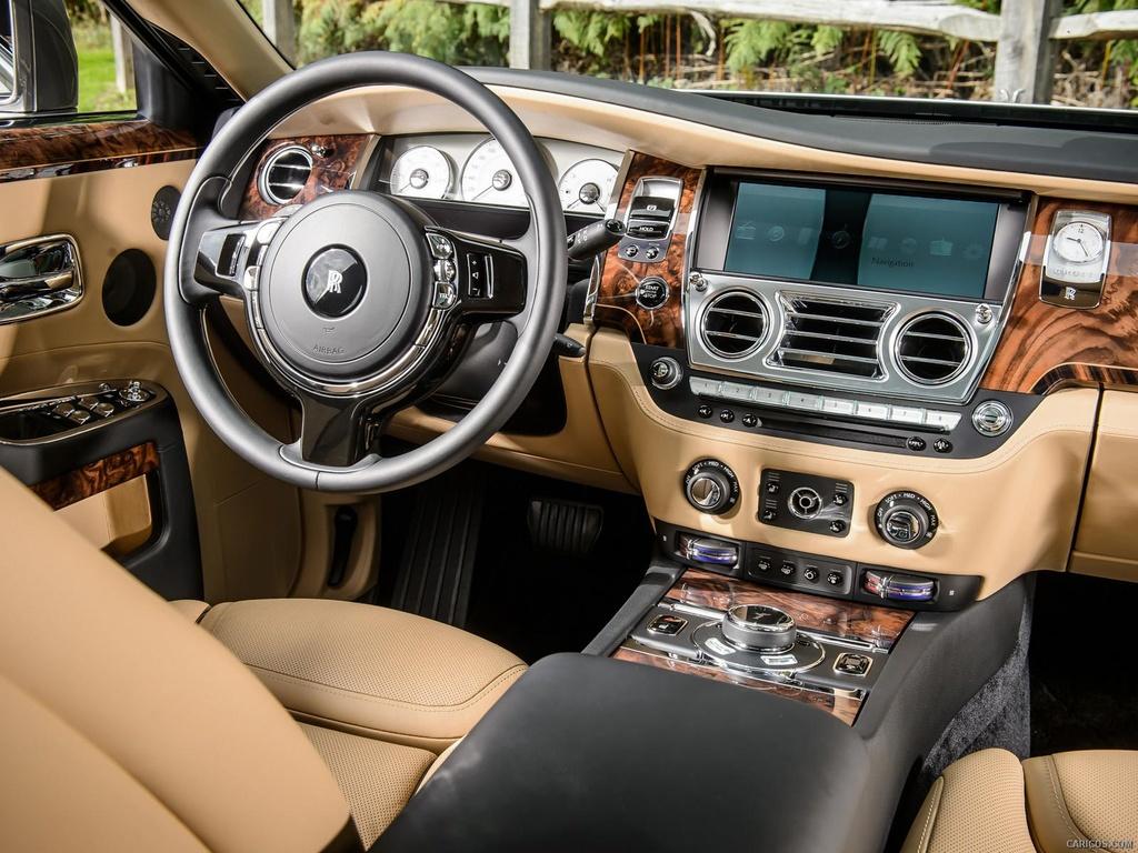 Rolls-Royce Wraith phoi mau la tai Ha Noi anh 9