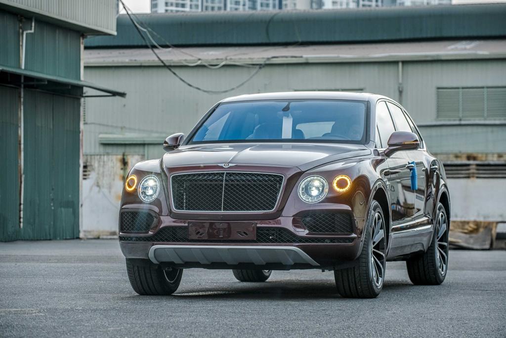 Bentley Bentayga V8 ve Viet Nam anh 10