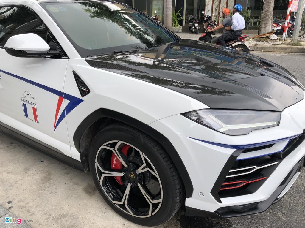 Lamborghini Urus cua Minh Nhua da thay doi nhu the nao sau mot nam? hinh anh 9