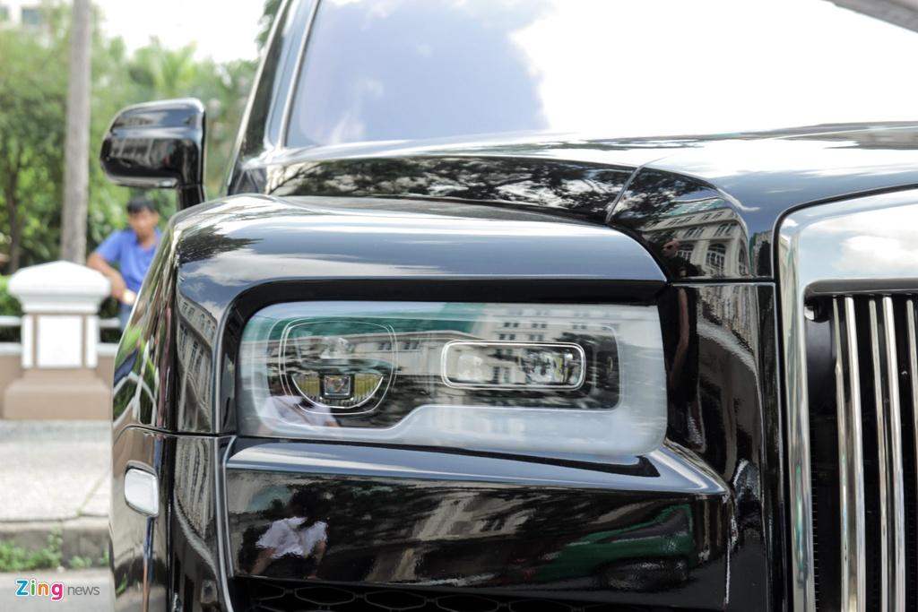 Rolls-Royce Cullinan dau tien cap ben TP.HCM anh 8