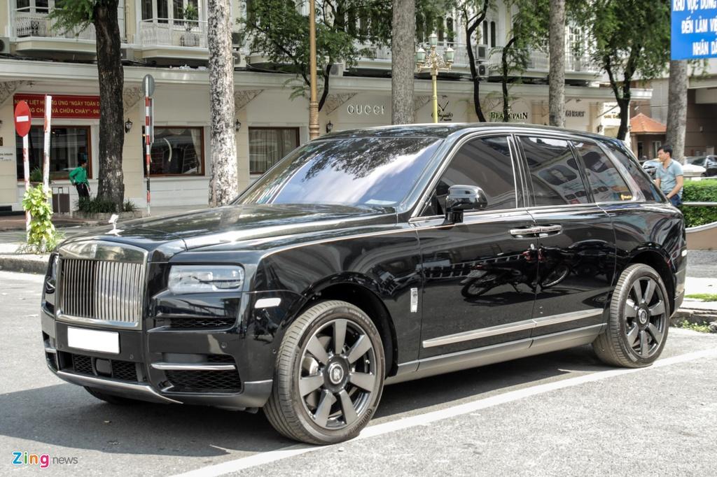 Rolls-Royce Cullinan dau tien cap ben TP.HCM anh 2
