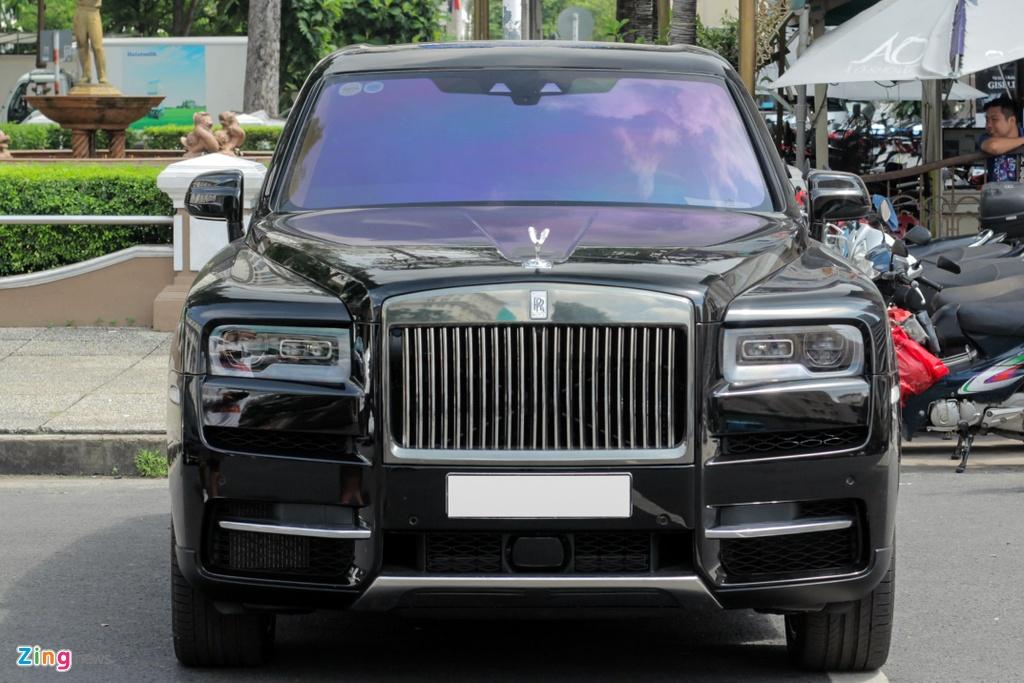 Rolls-Royce Cullinan dau tien cap ben TP.HCM anh 4