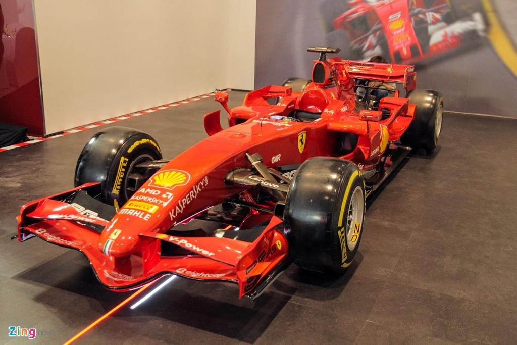 Can canh xe dua F1 gia tram ty cua Ferrari xuat hien tai Viet Nam hinh anh 1