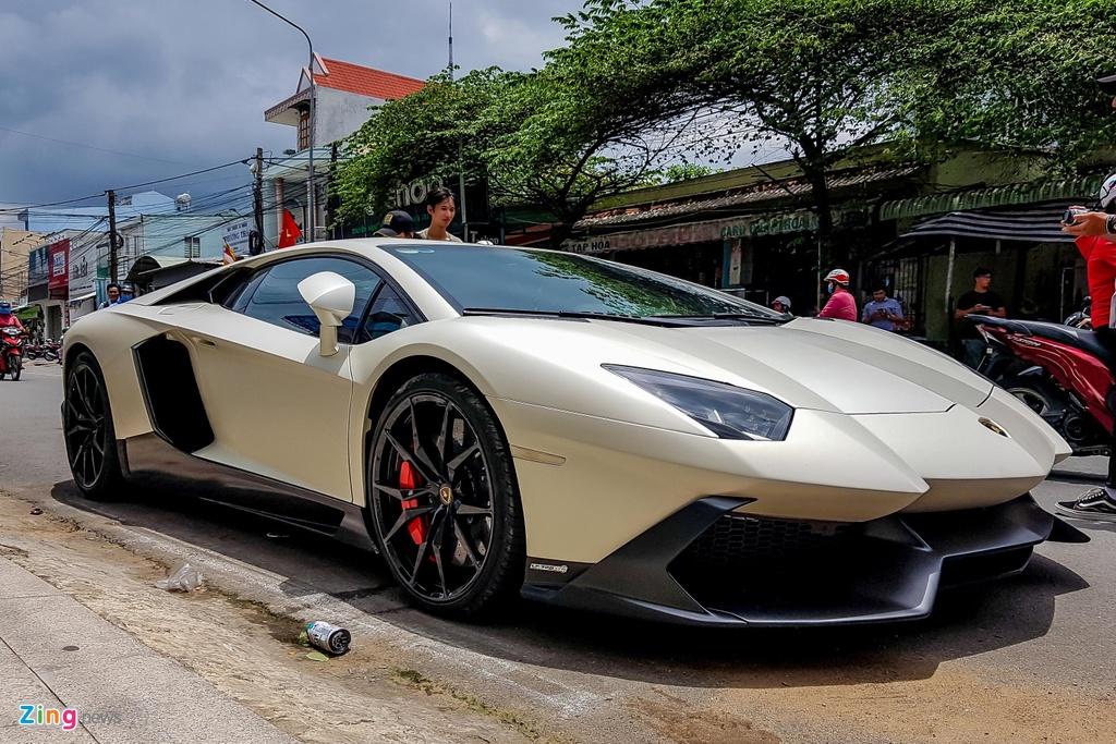Lamborghini Aventador do LP720-4 50 Anniversario anh 3
