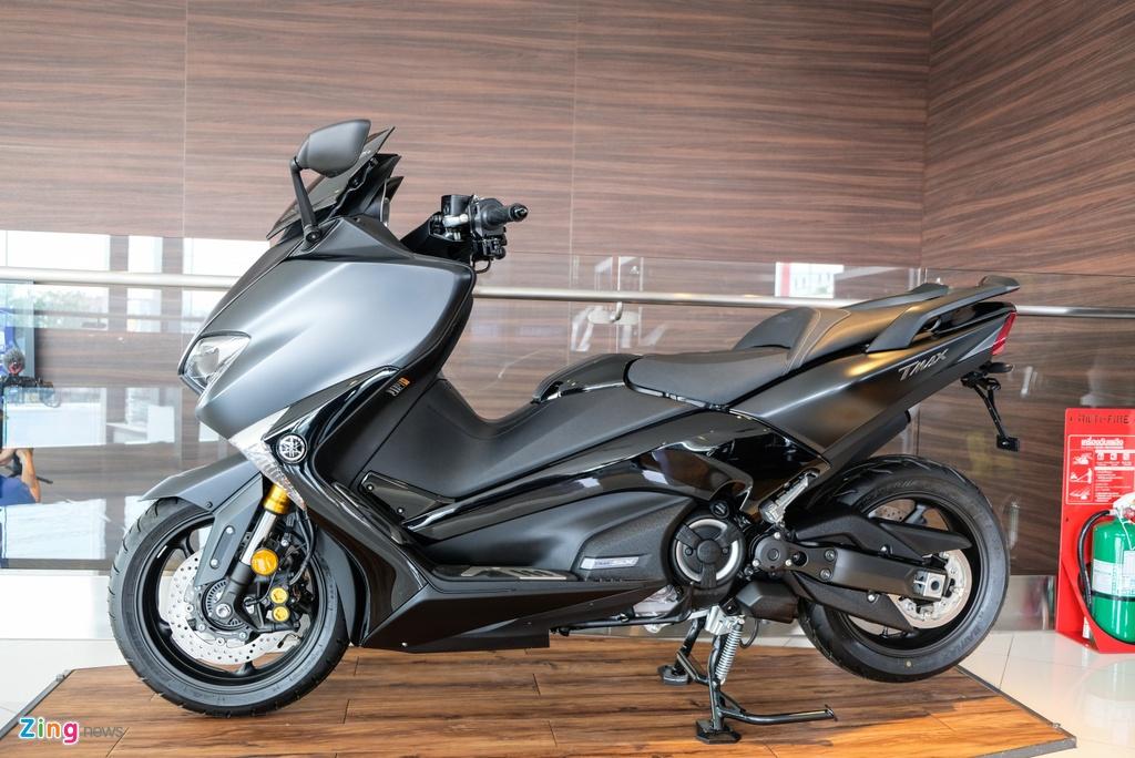 Cận cảnh Yamaha T-Max - xe tay ga 530 phân khối