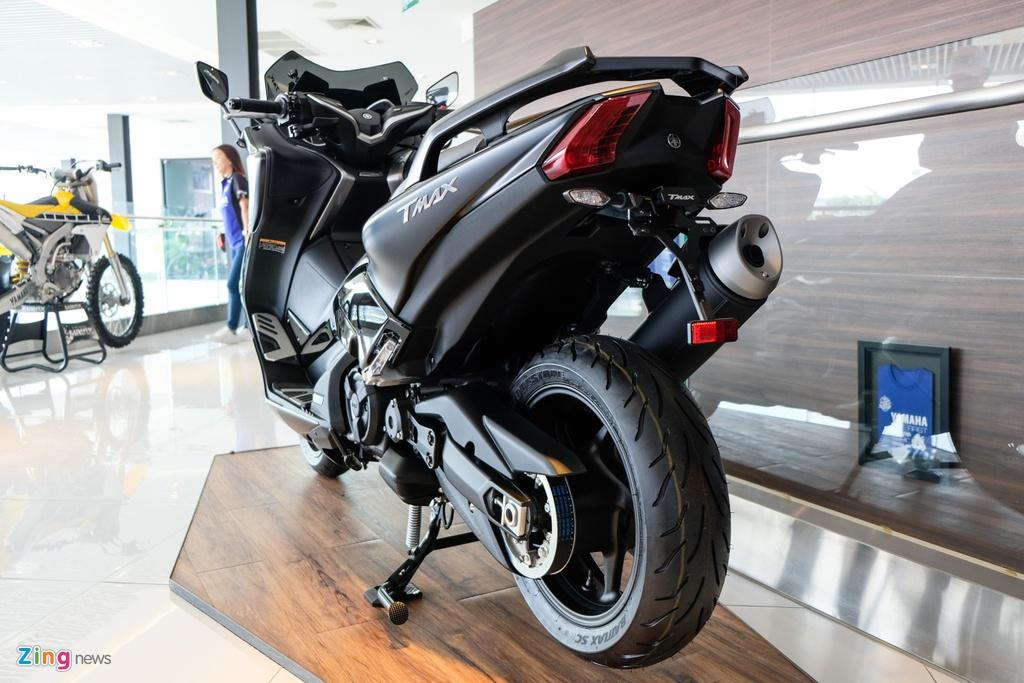 Can canh Yamaha T-Max - xe tay ga 530 phan khoi hinh anh 4