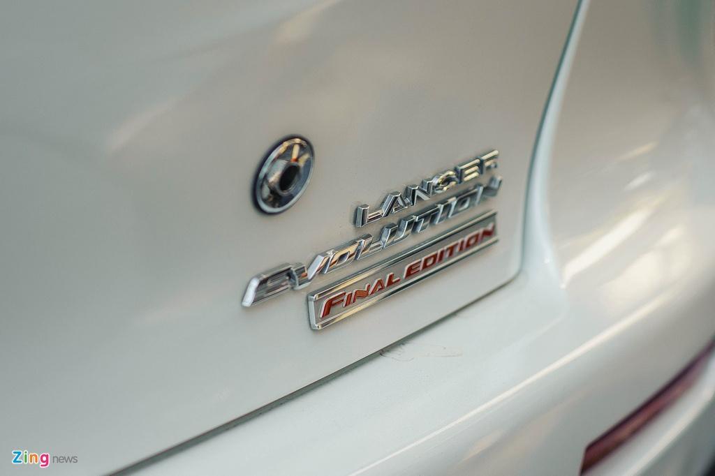 Mitsubishi Lancer Evolution o Viet Nam anh 9