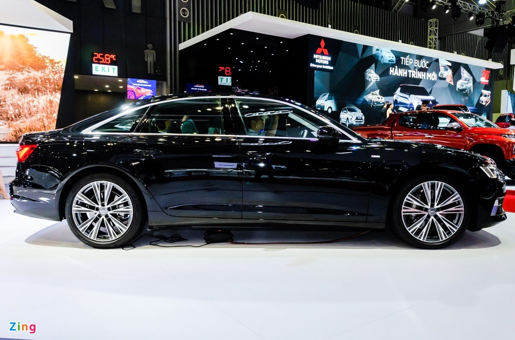 Audi A6 the he moi ve Viet Nam, canh tranh Mercedes E-Class hinh anh 7