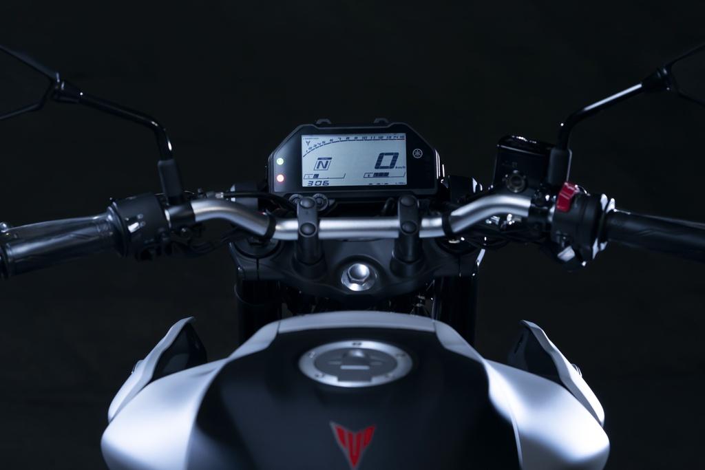 Yamaha MT-03 2020 lot xac o thiet ke, suc manh khong doi hinh anh 6