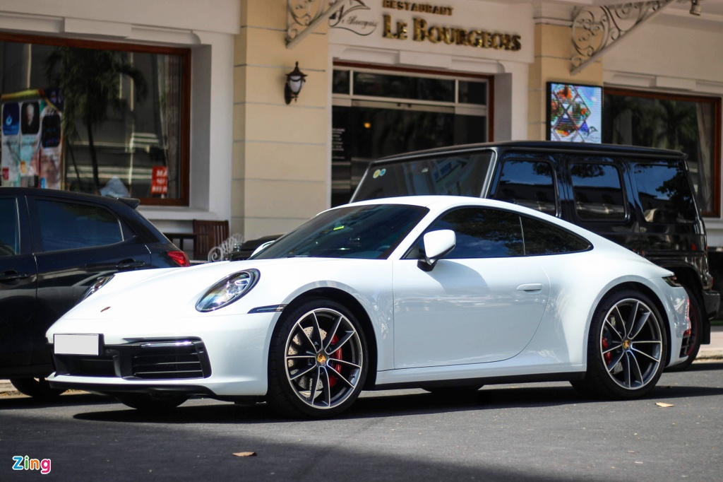 Vo chong Cuong Do La tau Porsche 911 Carrera S gia gan 8 ty hinh anh 1