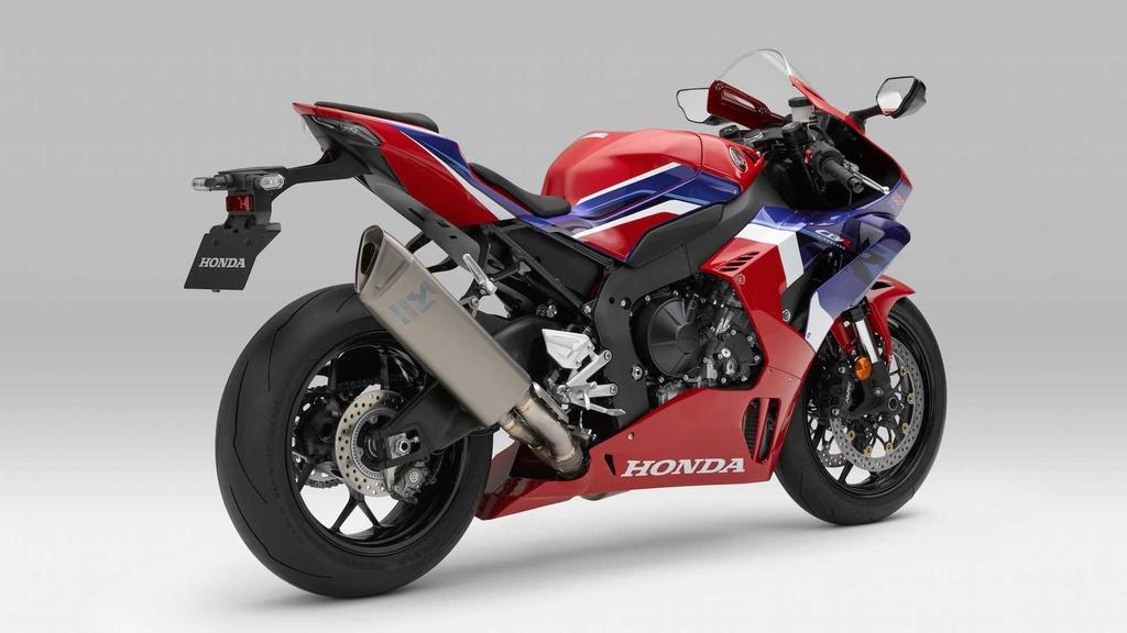 Honda CBR1000RR-R the he moi trinh lang voi thiet ke ham ho hinh anh 5