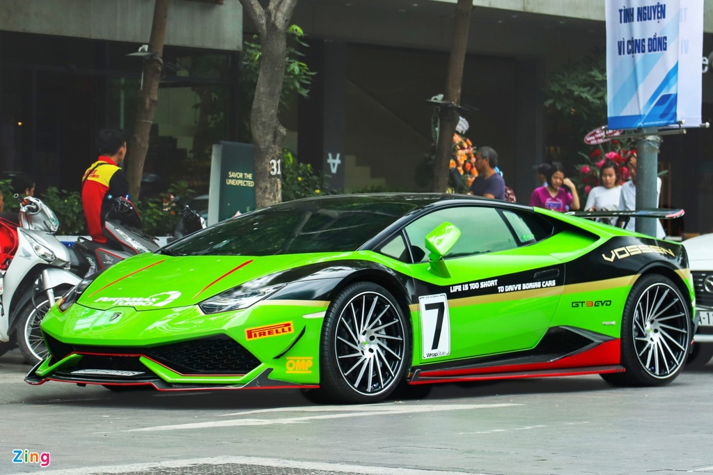 Lamborghini Huracan do RevoZport anh 1