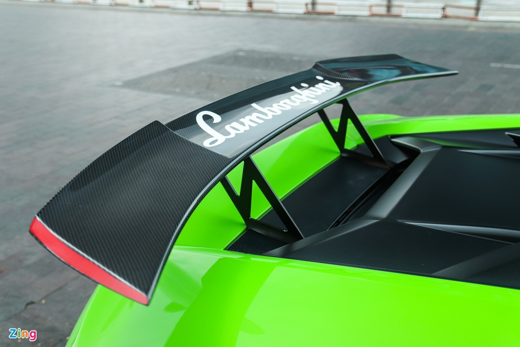 Lamborghini Huracan do RevoZport anh 5