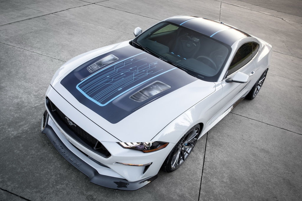Ford ra mat Mustang chay dien voi mo-men xoan 1.355 Nm hinh anh 3