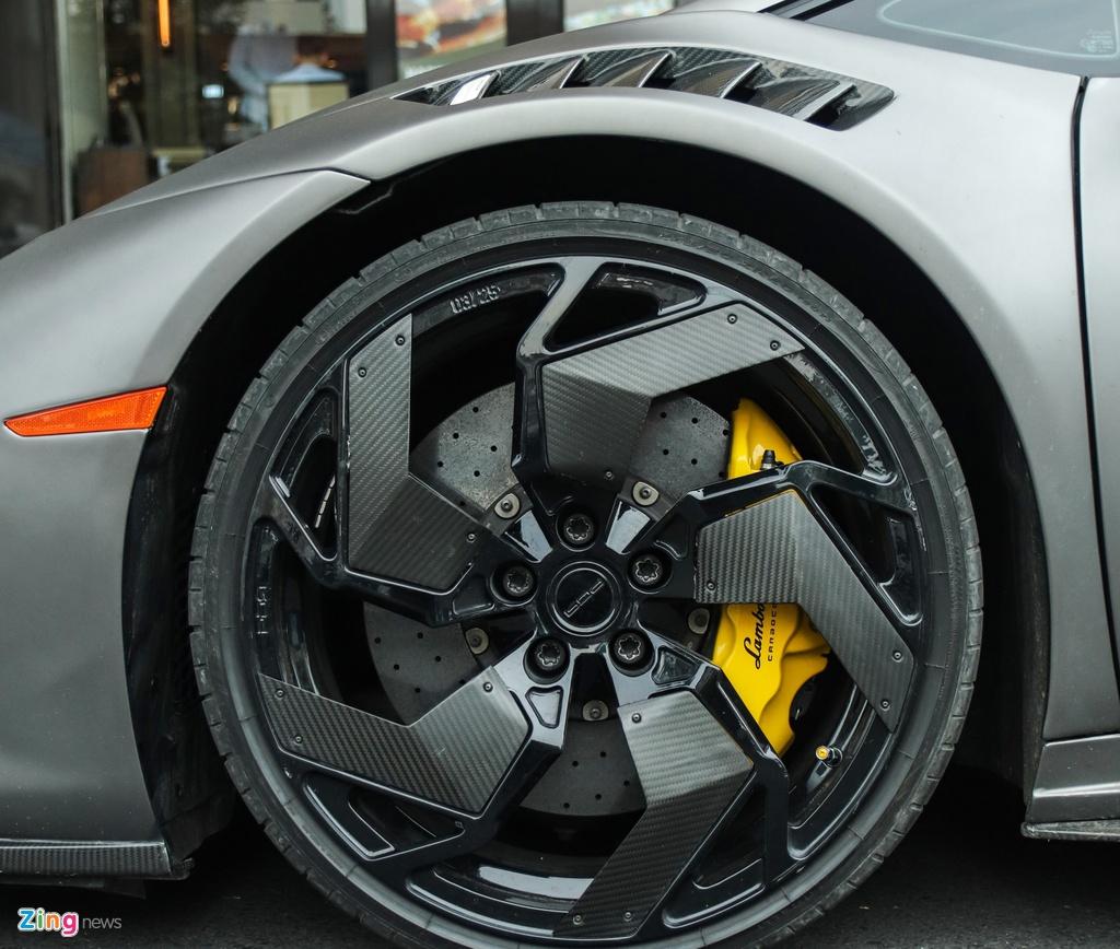 Lamborghini Huracan phong cach sieu xe trieu do Reventon tai TP.HCM hinh anh 4