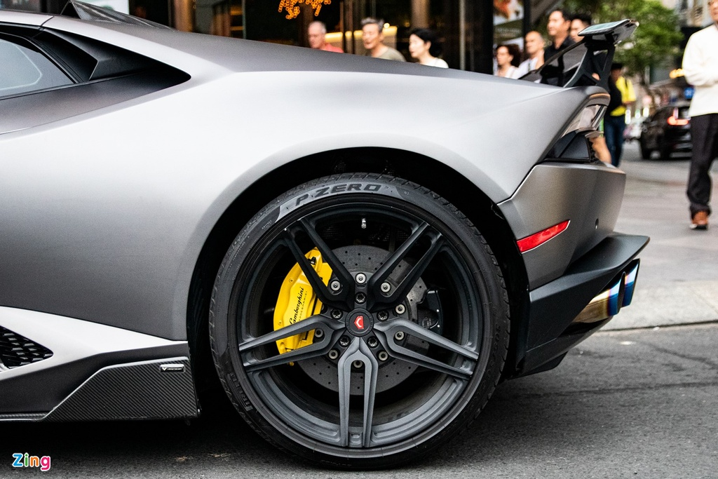 Lamborghini Huracan phong cach sieu xe trieu do Reventon tai TP.HCM hinh anh 7