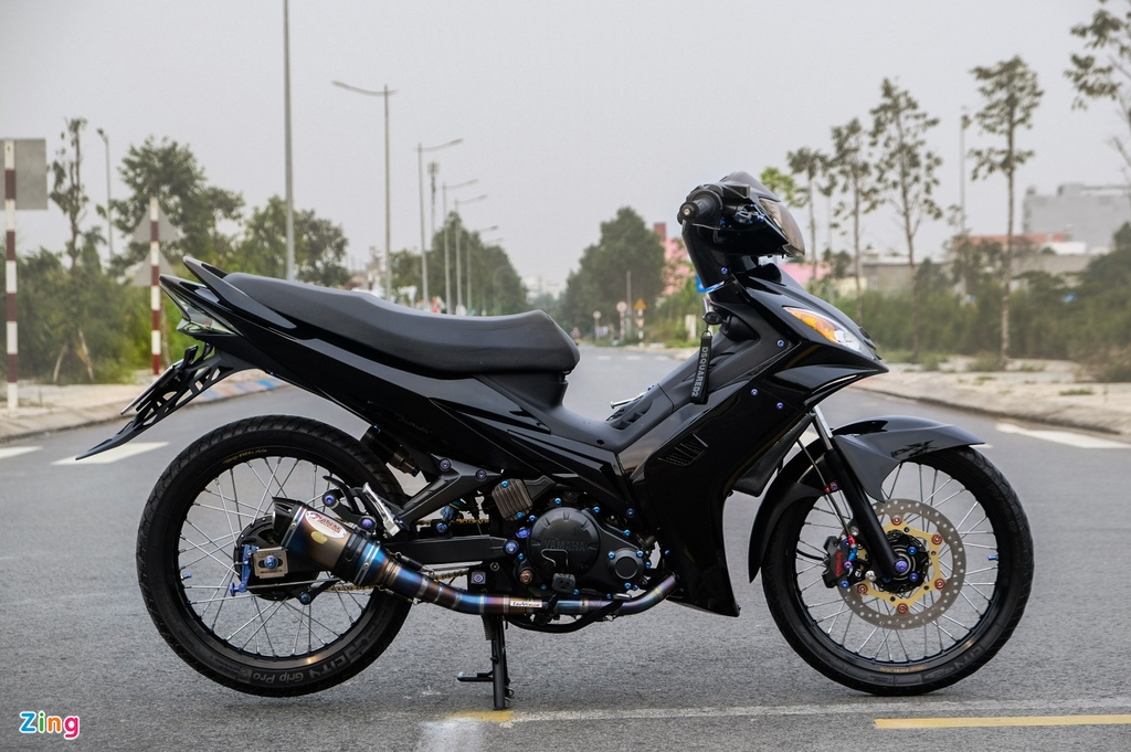 Yamaha Exciter bien hinh voi phong cach Hy Lap cua biker Can Tho hinh anh 3