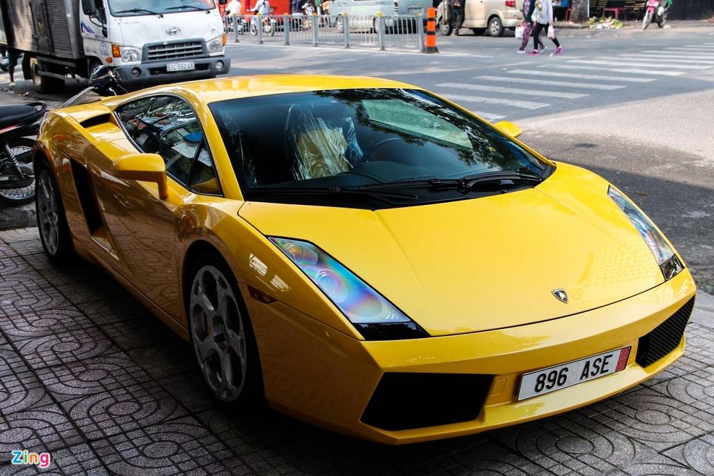 Chiec Lamborghini cua Cuong Do La mo dau phong trao sieu xe o VN hinh anh 13
