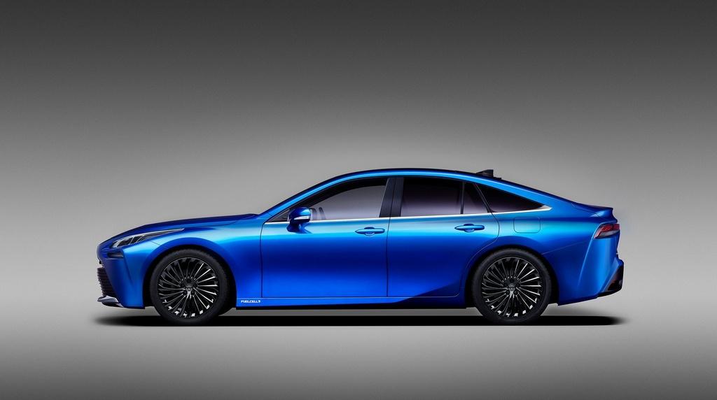 Toyota Mirai Concept - chiec xe xanh trong than xac Lexus hinh anh 4