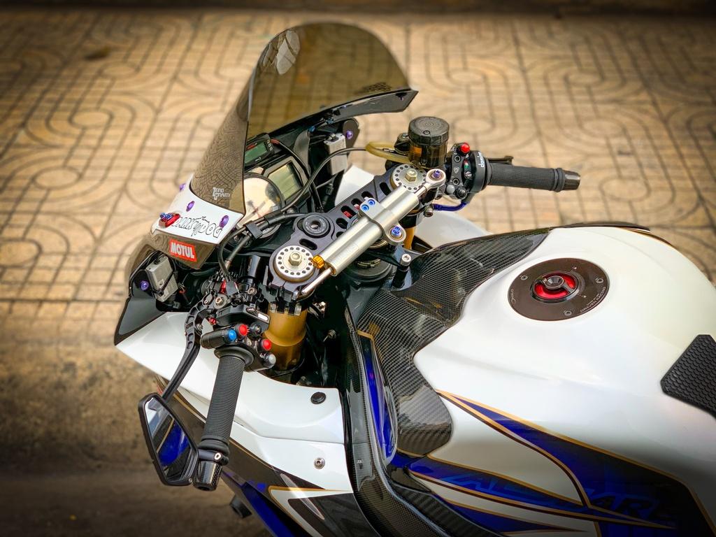 Suzuki GSX-R750 voi goi do nua ty dong tai TP.HCM hinh anh 11