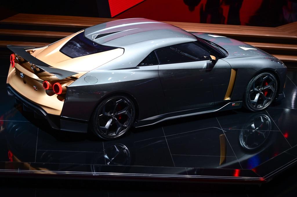 Nissan GT-R50 Italdesign sap co ban thuong mai, gia 1,12 trieu USD hinh anh 12 3.jpg