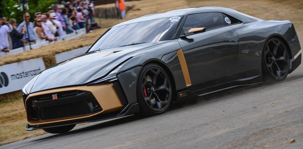 Nissan GT-R50 Italdesign sap co ban thuong mai, gia 1,12 trieu USD hinh anh 6 5_(2).jpg