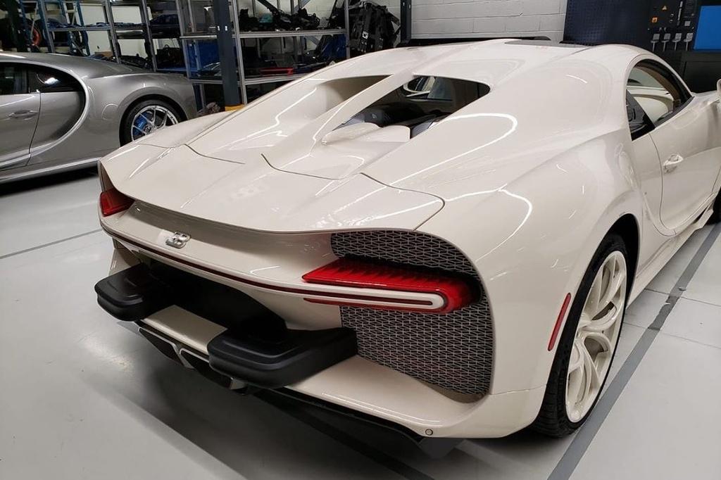 Ket hop voi Hermes, Bugatti ra mat chiec Chiron doc nhat the gioi hinh anh 3 Chiron3.jpg