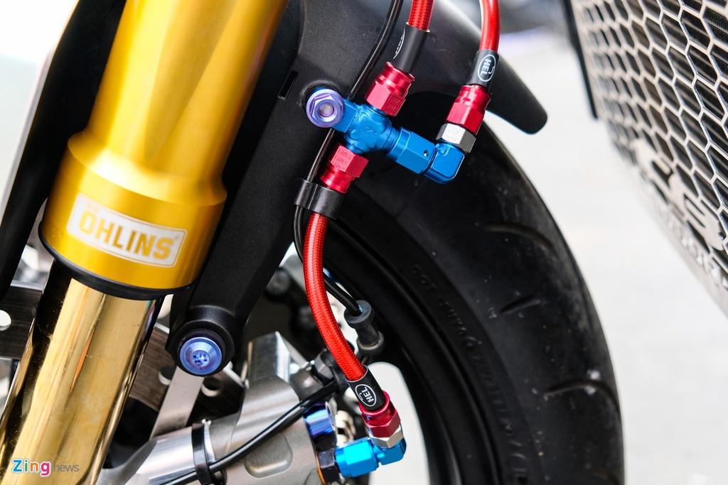 Honda CB1000R Plus voi goi do 200 trieu dong cua biker TP.HCM hinh anh 6 HondaCB1000_zing_24.jpg