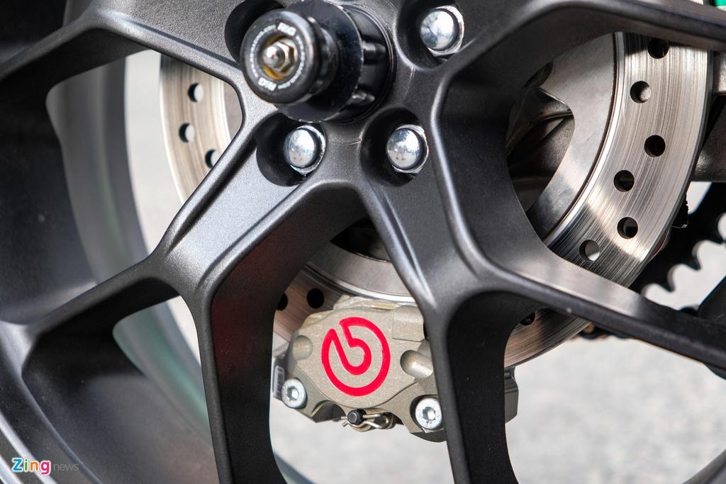 Honda CB1000R Plus voi goi do 200 trieu dong cua biker TP.HCM hinh anh 5 HondaCB1000_zing_26.jpg