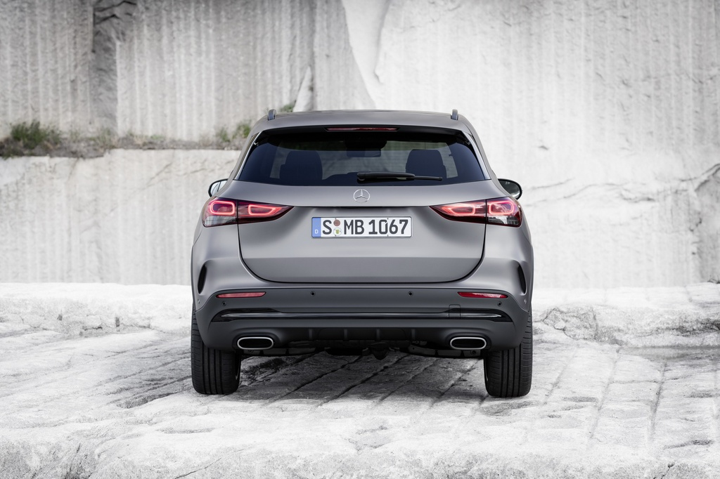 Mercedes-Benz ra mat GLA the he moi hinh anh 10 2021-Mercedes-Benz-GLA-22_1.jpg