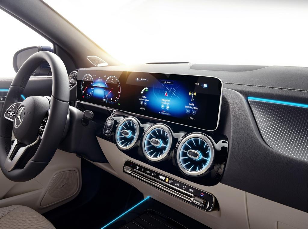 Mercedes-Benz ra mat GLA the he moi hinh anh 7 2021-Mercedes-Benz-GLA-46.jpg
