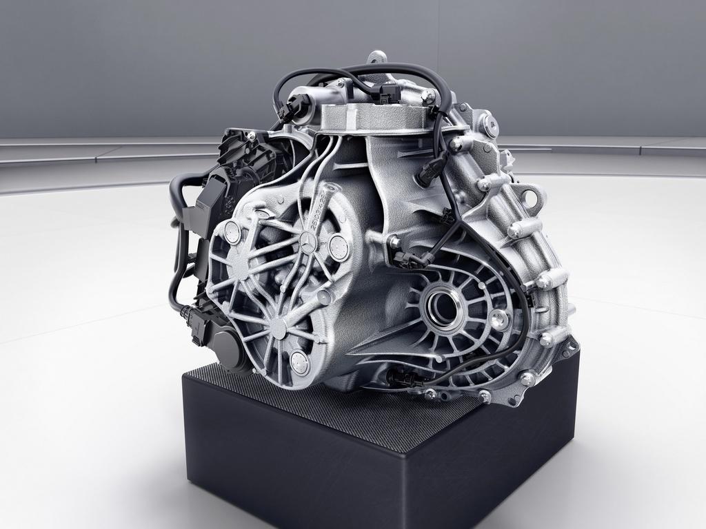 Mercedes-Benz ra mat GLA the he moi hinh anh 9 2021-Mercedes-Benz-GLA-50.jpg