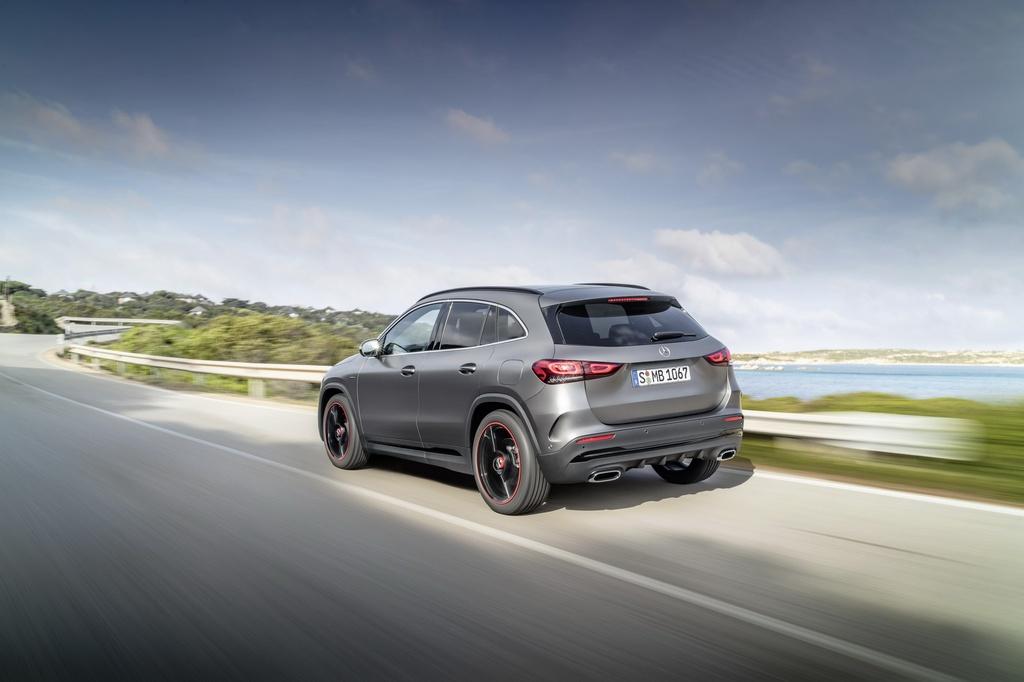 Mercedes-Benz ra mat GLA the he moi hinh anh 13 2021-Mercedes-Benz-GLA-5_1.jpg