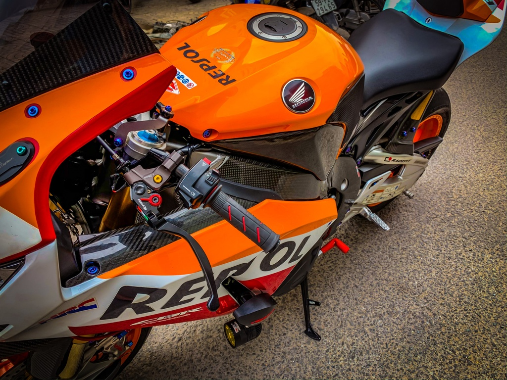 Honda CBR1000RR do anh 4