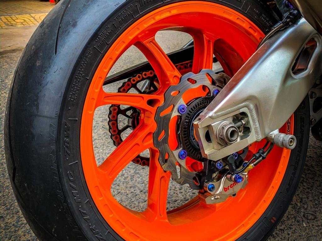Honda CBR1000RR do anh 9