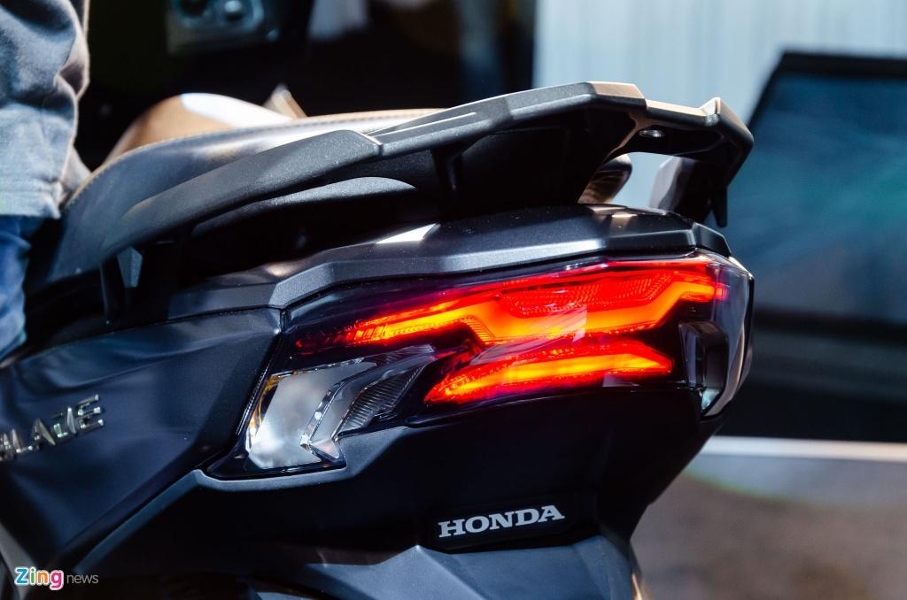 So sanh Honda Air Blade 150 va Yamaha NVX 155 anh 5