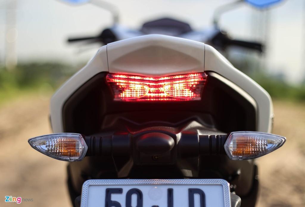 So sanh Honda Air Blade 150 va Yamaha NVX 155 anh 6