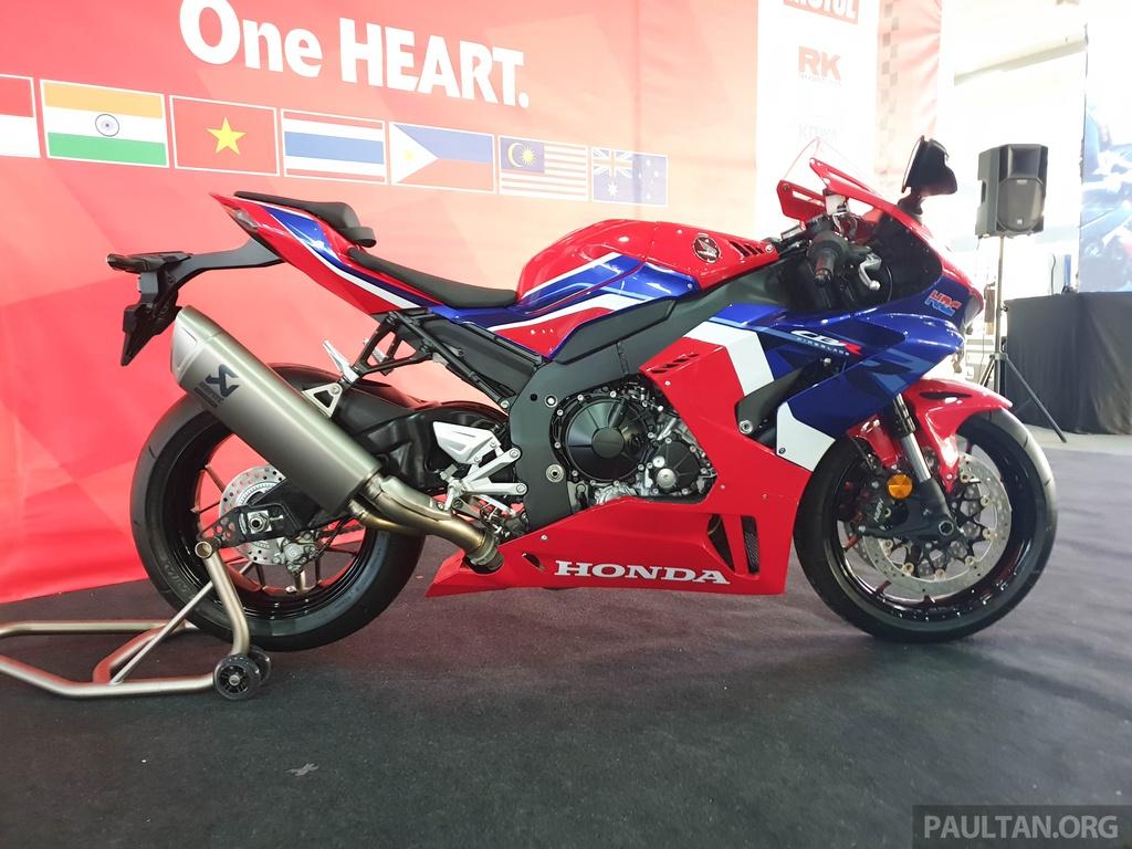 Honda CBR1000RR-R 2020 ra mat o Malaysia, chuan bi ve Viet Nam hinh anh 6 2020-Honda-CBR1000RR-R-Malaysia-Watermark-18.jpg