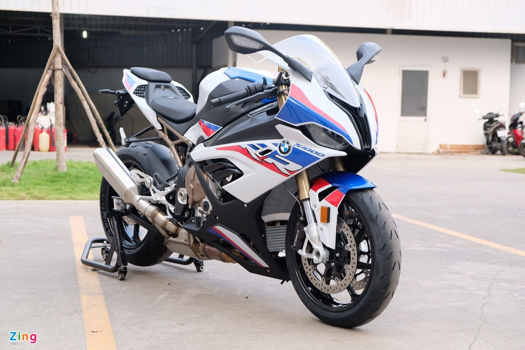 BMW S 1000 RR anh 2