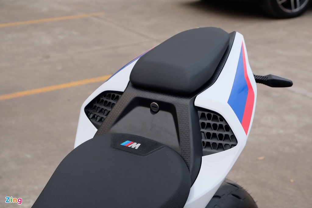 Can canh BMW S 1000 RR 2019 gia 1,1 ty tai Viet Nam hinh anh 18 BMWS1000RR_zing_20.jpg