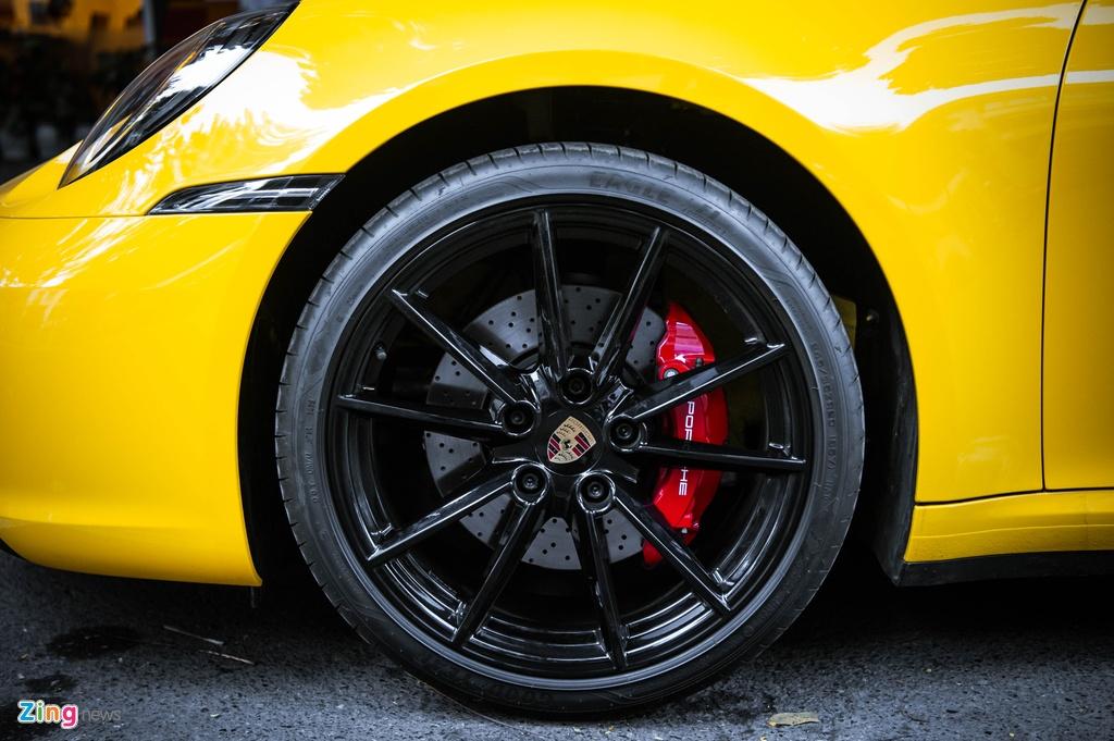 Porsche 911 Carrera S Cabriolet dau tien Viet Nam anh 8