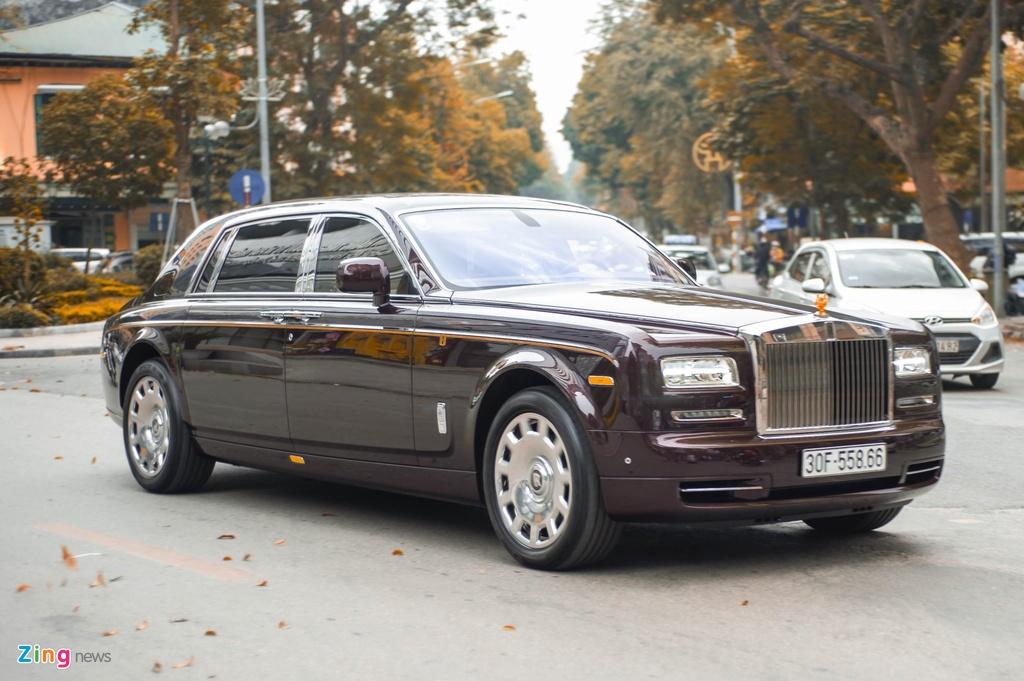 Rolls-Royce Phantom ban Hoa Binh Vinh Quang tai xuat anh 9