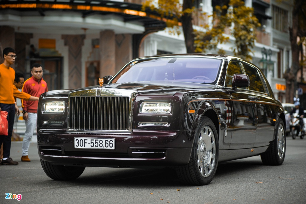 Rolls-Royce Phantom ban Hoa Binh Vinh Quang tai xuat anh 1