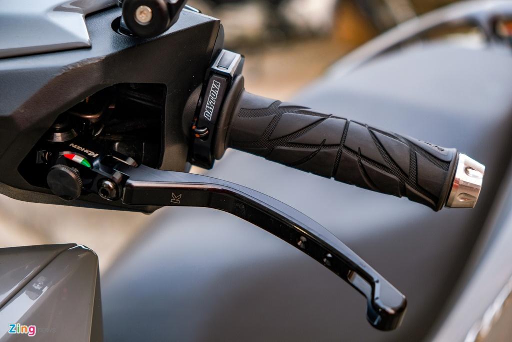 Biker o TP.HCM chi 100 trieu nang cap Honda Vario 150 hinh anh 5 DSCF0201_zing.jpg