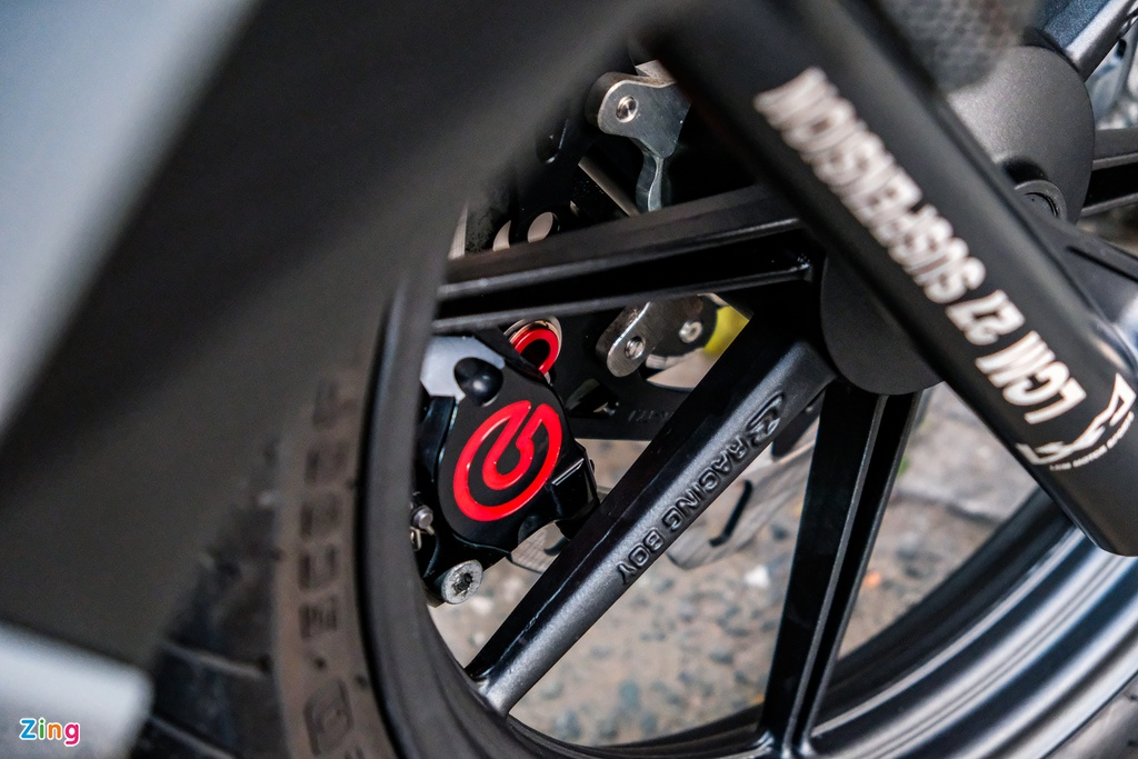Biker o TP.HCM chi 100 trieu nang cap Honda Vario 150 hinh anh 8 DSCF0238_zing.jpg