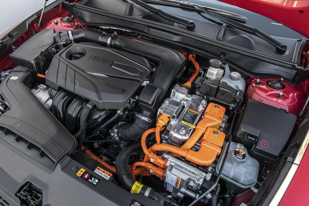 Hyundai Sonata 2020 co phien ban chay bang nang luong mat troi hinh anh 4 2020_Hyundai_Sonata_Hybrid_23.jpg