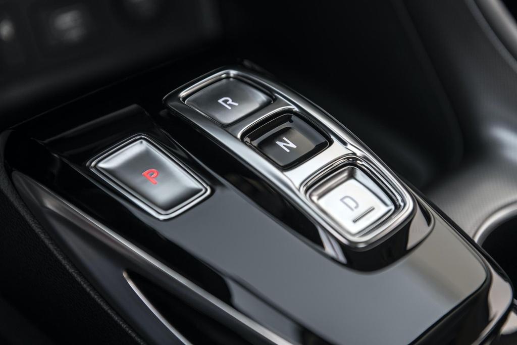 Hyundai Sonata 2020 co phien ban chay bang nang luong mat troi hinh anh 6 2020_Hyundai_Sonata_Hybrid_5.jpg