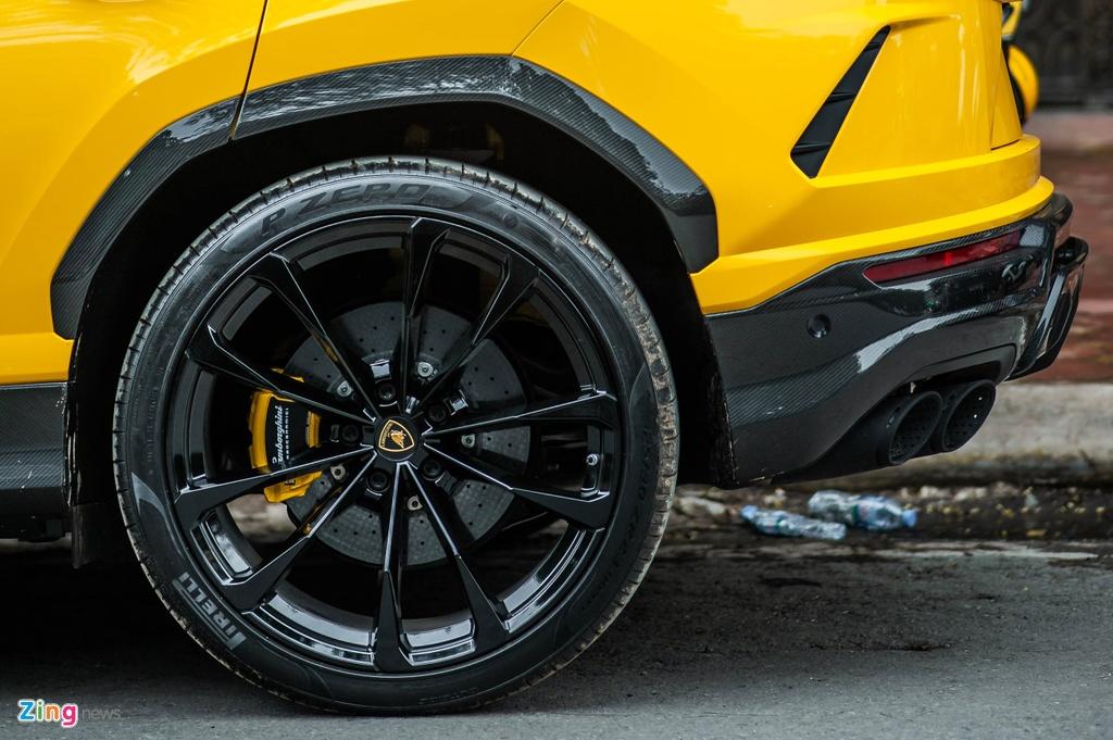 Chi tiet Lamborghini Urus thu 7 ve Viet Nam, nhieu tuy chon dang gia hinh anh 6 BAC_3170_zing.jpg
